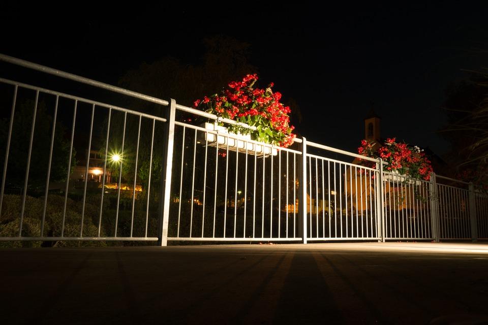 balkon w nocy